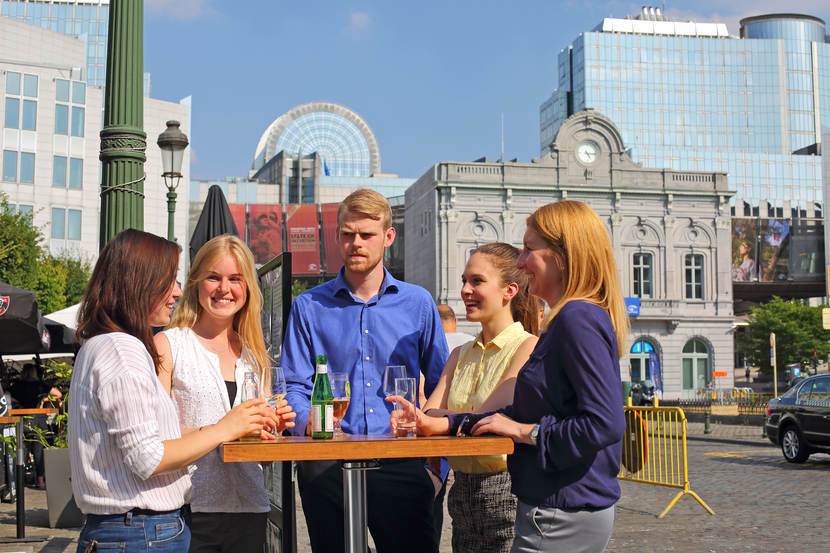 borrel van EU-trainees op Place Lux
